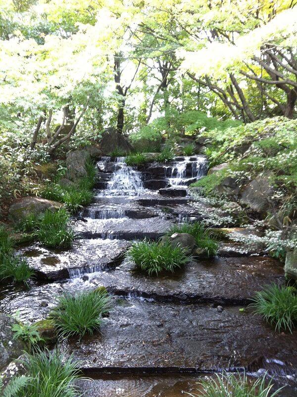 好古園 水の流れ