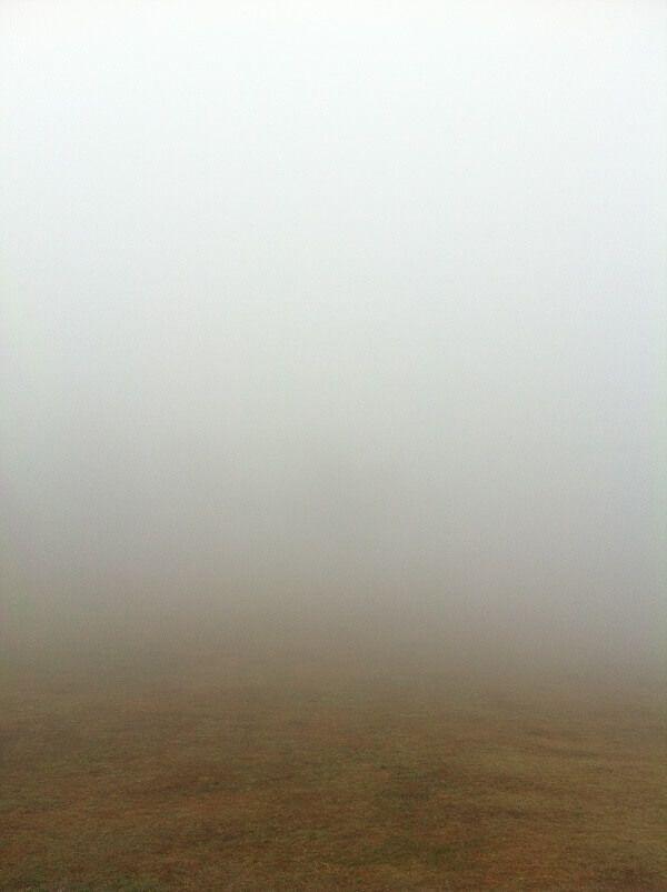 六甲山カンツリーハウス 大芝生 霧