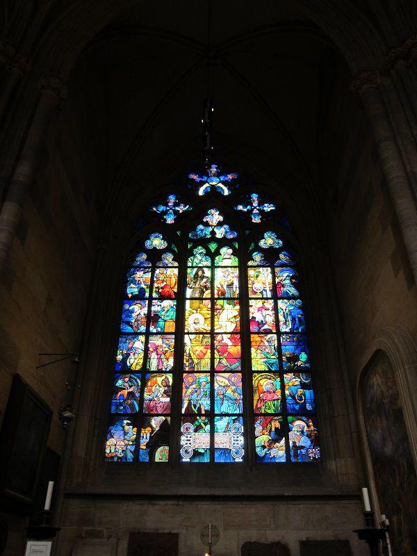 チェコ プラハ プラハ城 聖ヴィート大聖堂 ミュシャ(ムハ)