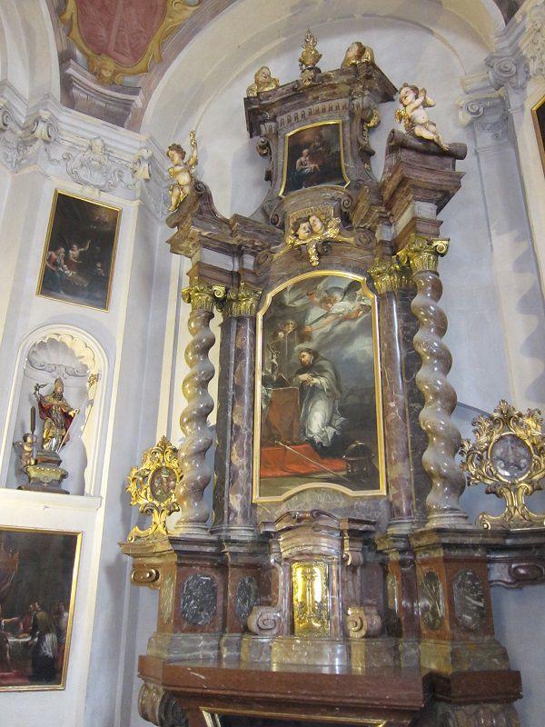 チェコ プラハ プラハ城 聖イジー教会3