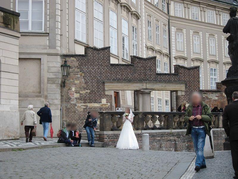 チェコ プラハ プラハ城 ウェディングドレス撮影1
