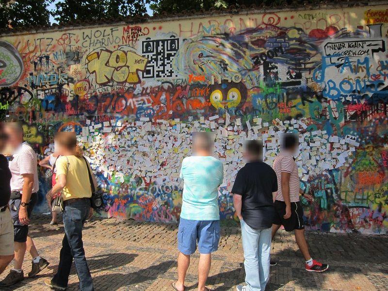 チェコ プラハ ジョン・レノンの壁1