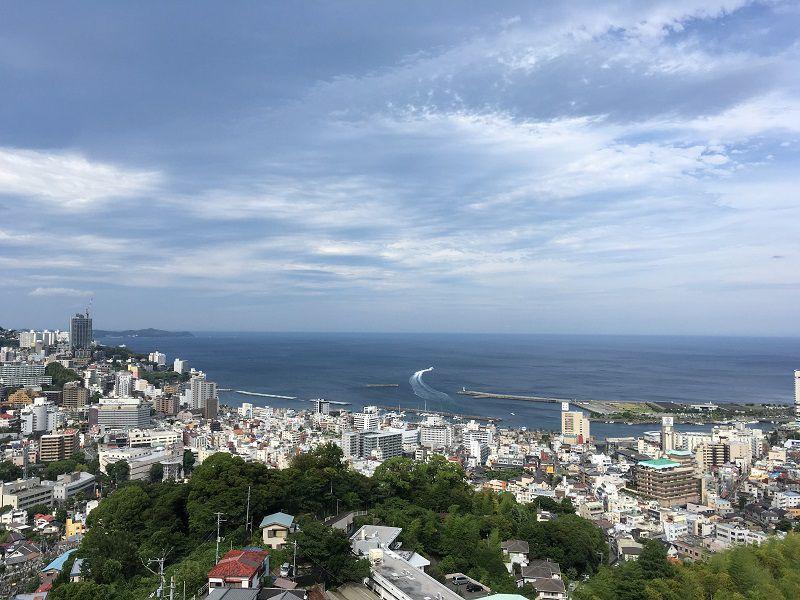 熱海の街並み景色