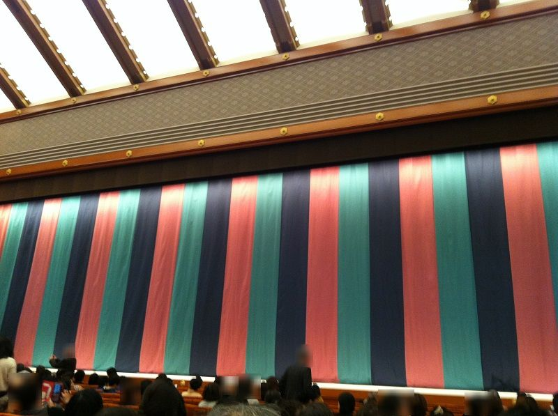 歌舞伎座の中2