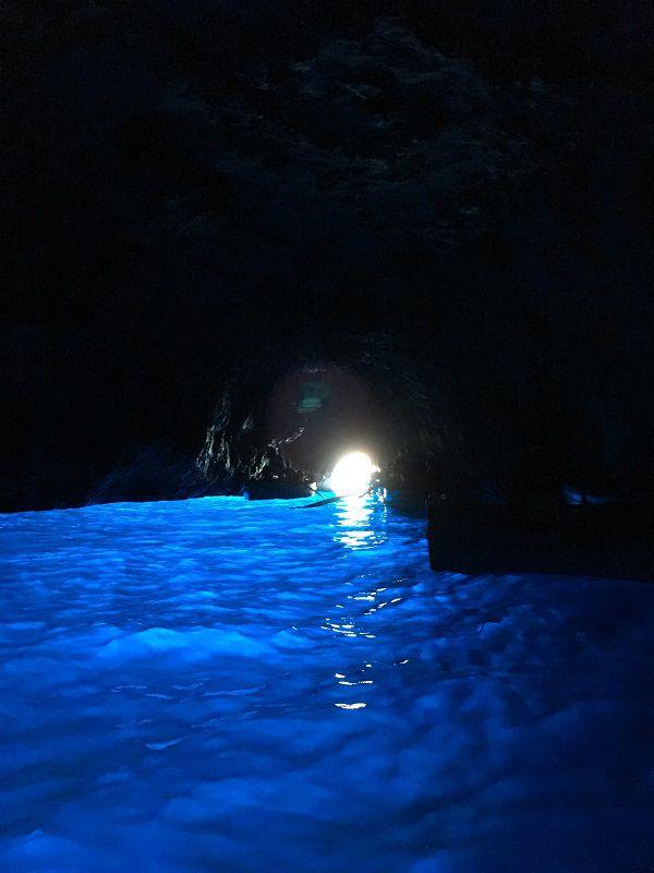 イタリア カプリ島 青の洞窟1