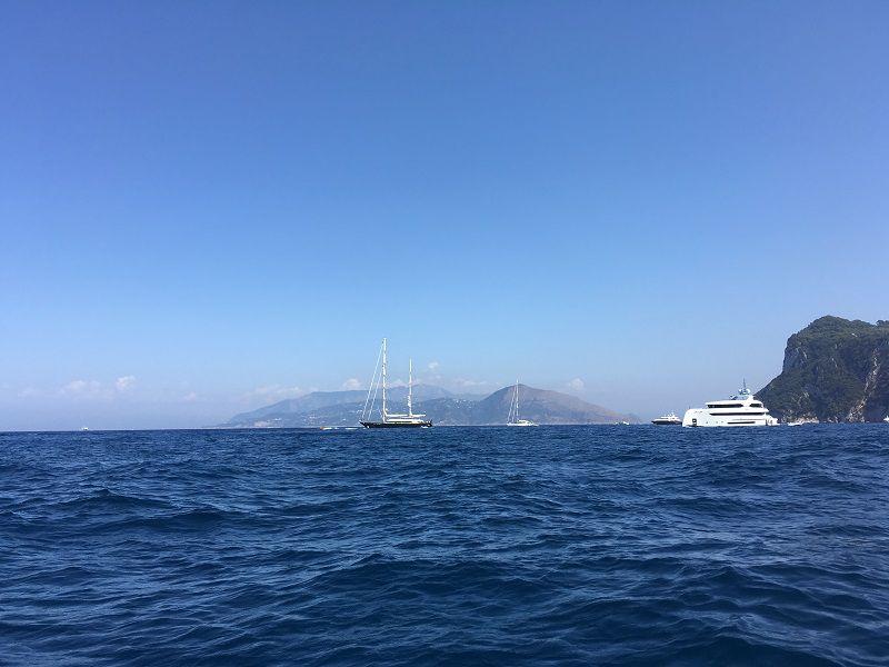 イタリア カプリ島 ヴェスヴィオ火山