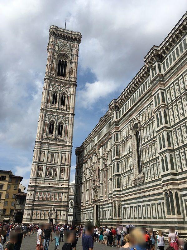 イタリア フィレンツェ ドゥオーモ ジョットの鐘楼