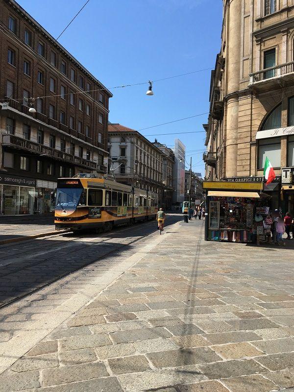 イタリア ミラノ 街中 路面電車