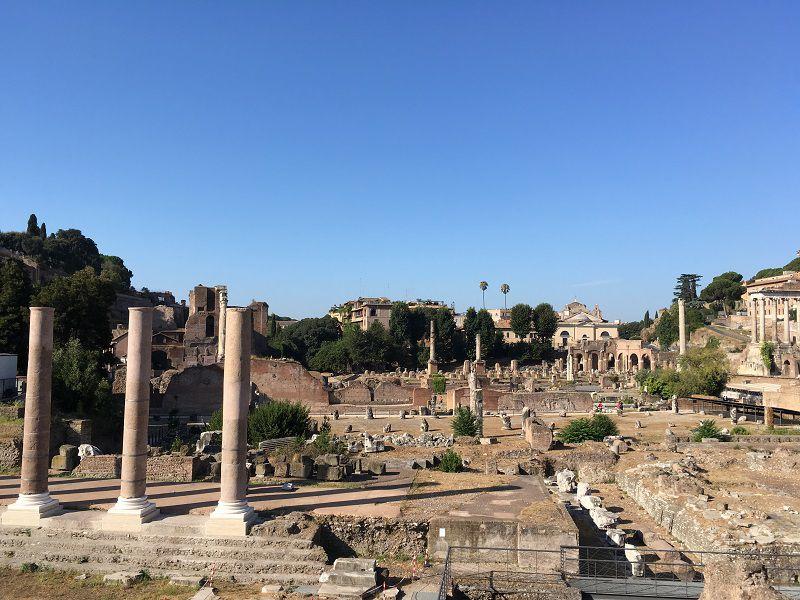 イタリア ローマ フォロ・ロマーノ 入口外からの眺め