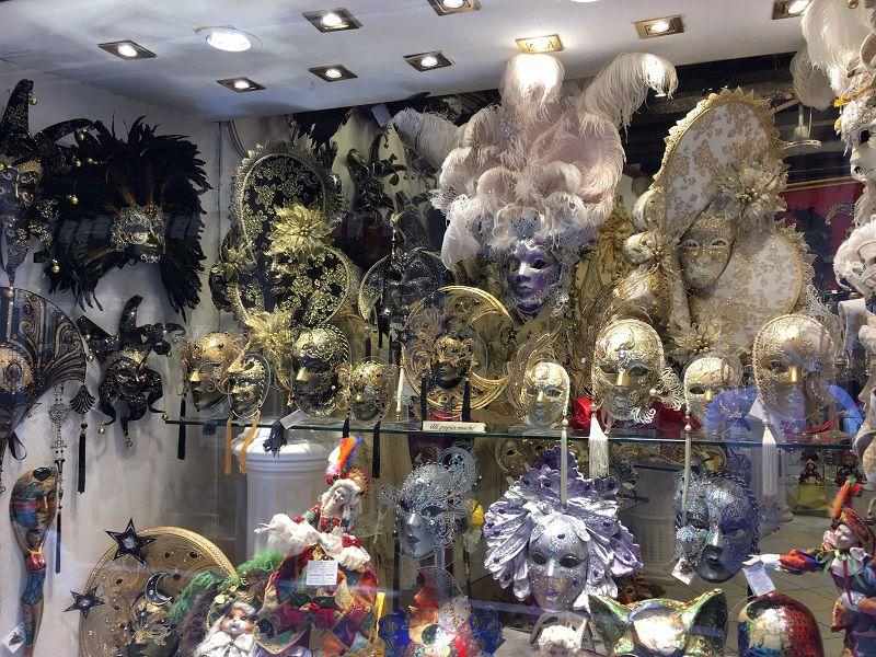 イタリア ヴェネツィア カーニバルの仮面