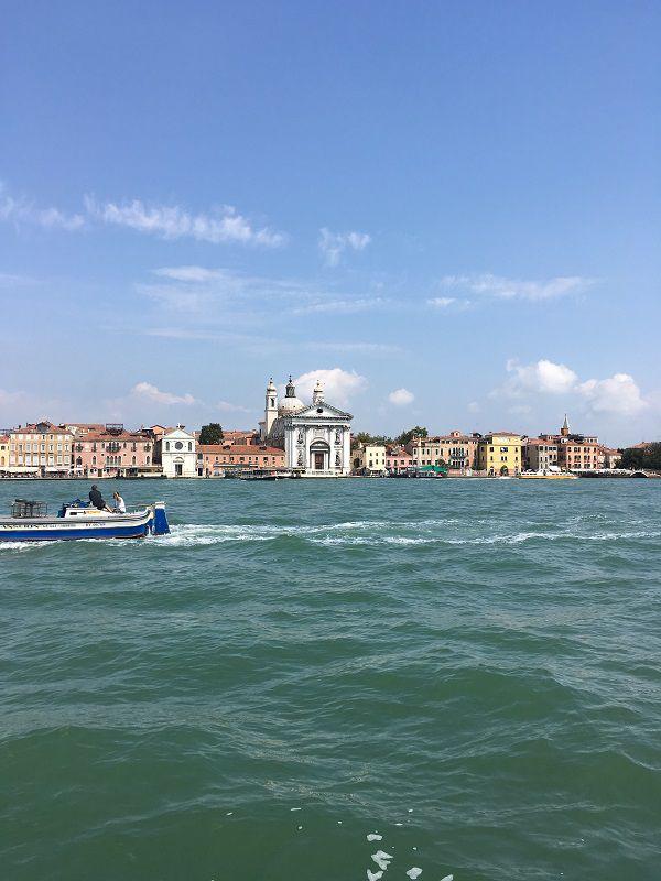 イタリア ヴェネツィア 船からの眺め2