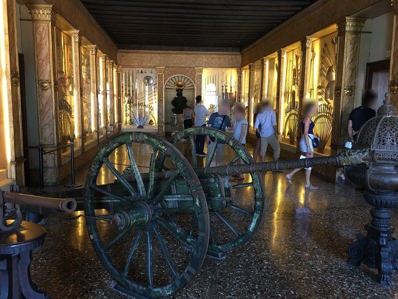 イタリア ヴェネツィア ドゥカーレ宮殿 武器