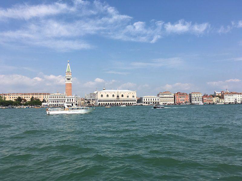 イタリア ヴェネツィア 船からの眺め3