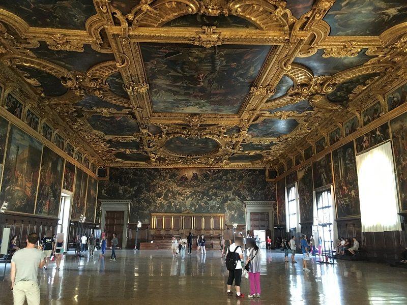 イタリア ヴェネツィア ドゥカーレ宮殿 広間