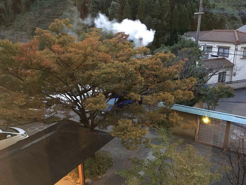 別府温泉 眺望の宿 しおり 部屋からの眺め 山側