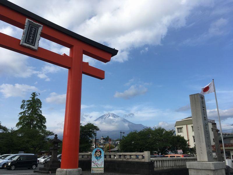 富士宮 富士山本宮浅間大社 二之鳥居 富士山