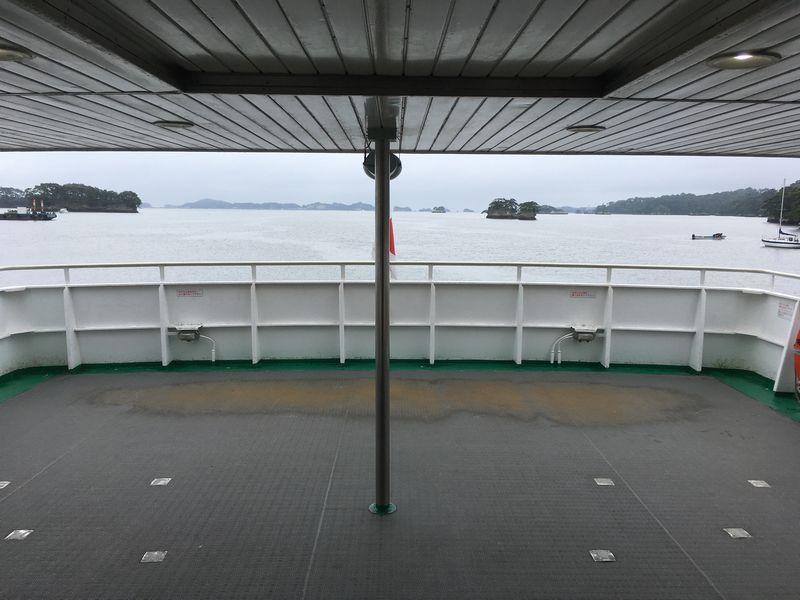 松島 遊覧船 松島島巡り観光船 グリーン席 2階 船尾 外