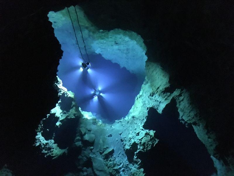 龍泉洞 鍾乳洞 第三地底湖