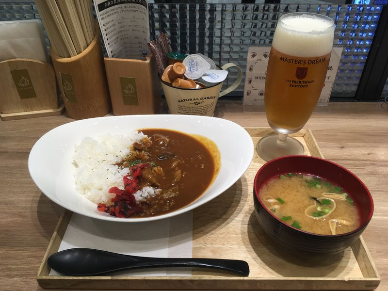 仙台駅 DaTe Cafe O'rder ダテ カフェ オーダー 仙台牛すじカレー ビール