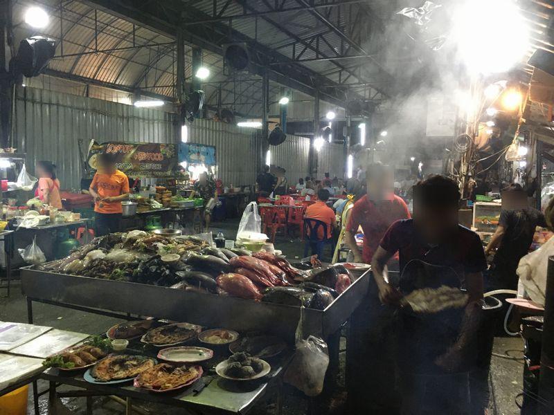 タイ バンコク 海鮮 飲食店