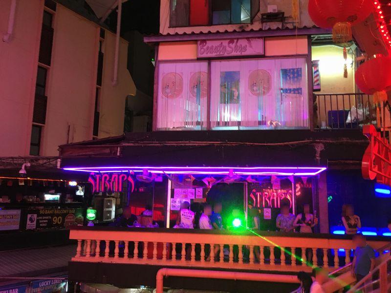タイ バンコク ナナプラザ ゴーゴーバー レーザービーム