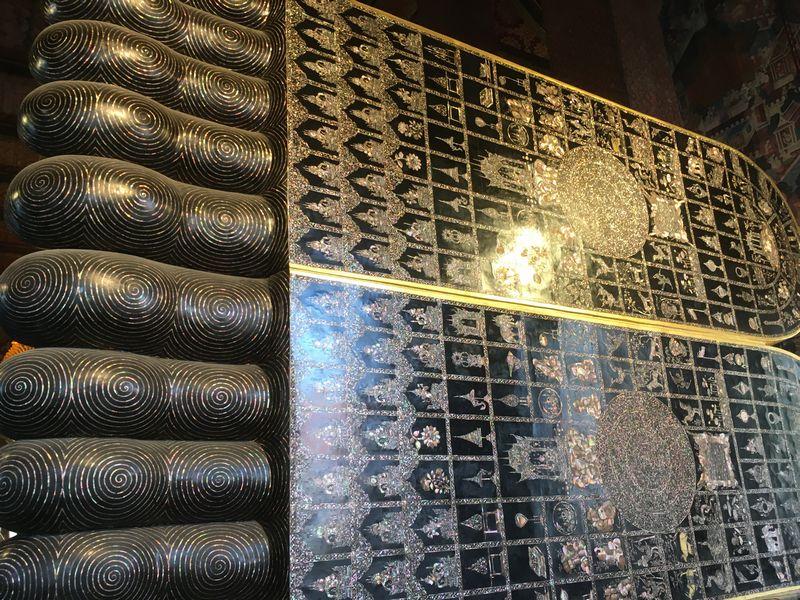 タイ バンコク ワット・ポー 釈迦仏堂 大寝釈迦仏 偏平足