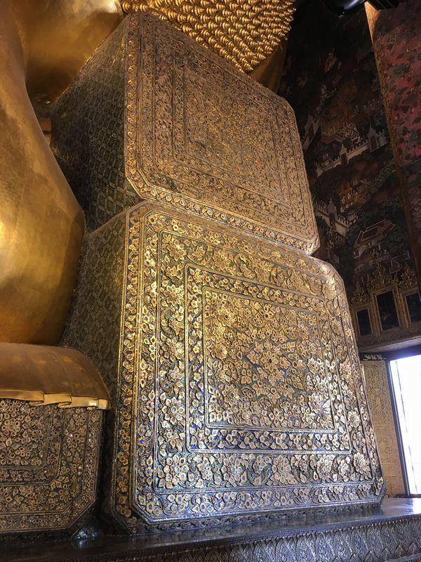タイ バンコク ワット・ポー 釈迦仏堂 大寝釈迦仏 枕
