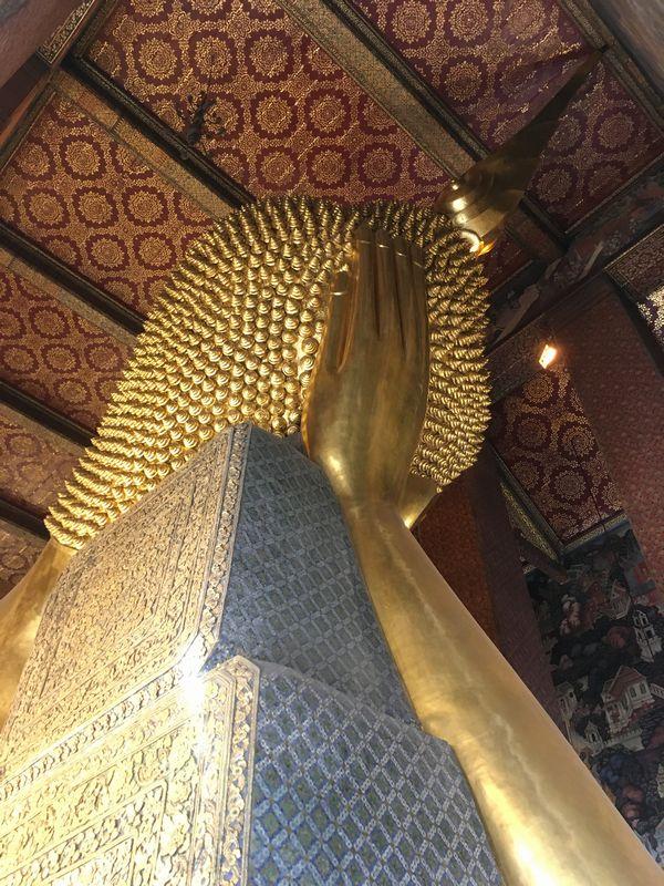 タイ バンコク ワット・ポー 釈迦仏堂 大寝釈迦仏 枕 頭