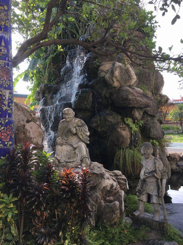タイ バンコク ワット・ポー 石像