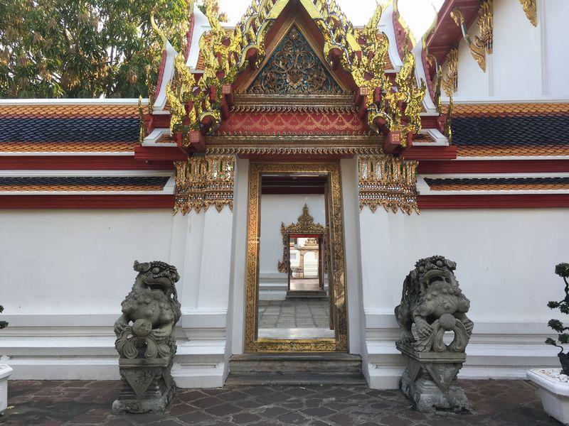 タイ バンコク ワット・ポー 狛犬 シンハー