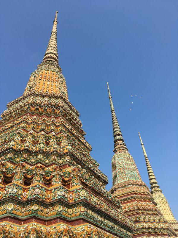 タイ バンコク ワット・ポー 仏塔 ラーマ1世 ラーマ2世 ラーマ3世