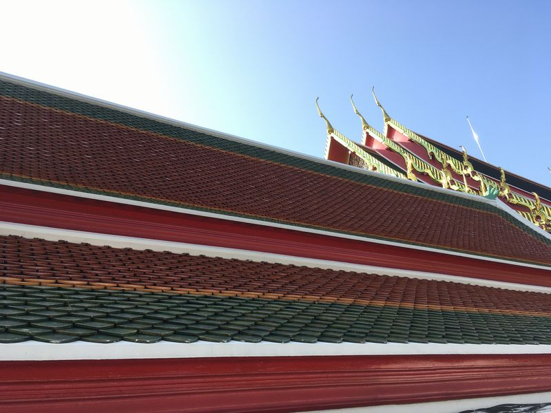 タイ バンコク 屋根 タイル