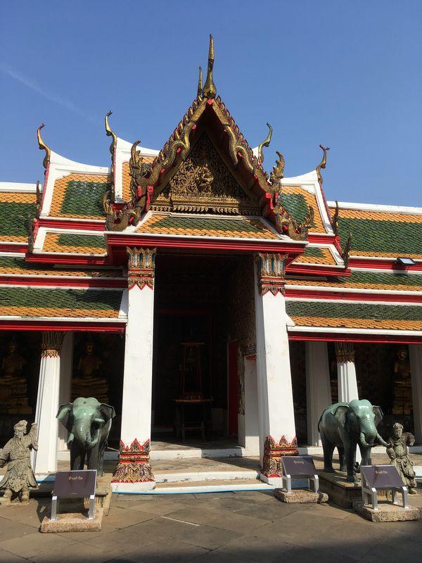 タイ バンコク ワット・アルン 象