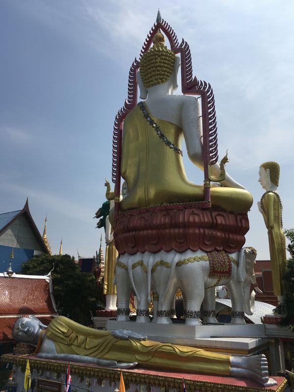 タイ バンコク ワット・クンチャン 大仏 涅槃仏 寝釈迦像