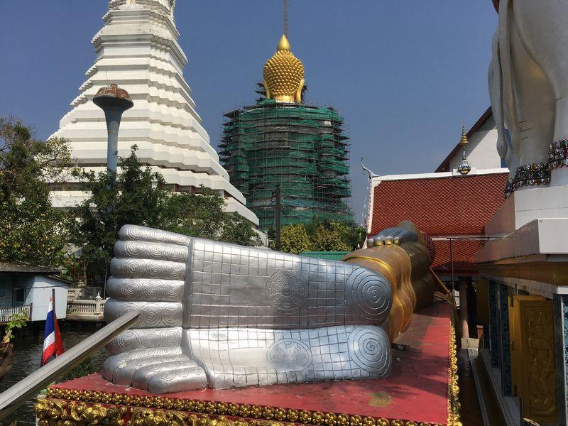 タイ バンコク ワット・クンチャン 涅槃仏 寝釈迦像 足の裏