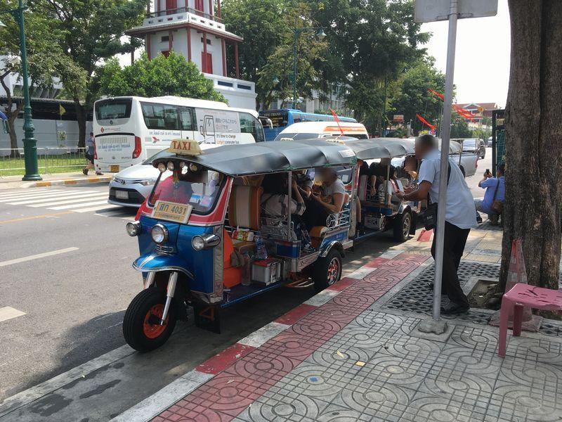 タイ バンコク トゥクトゥク