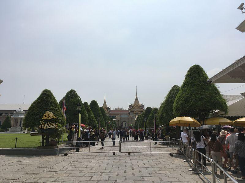 タイ バンコク ワット・プラケオ 王宮 入り口