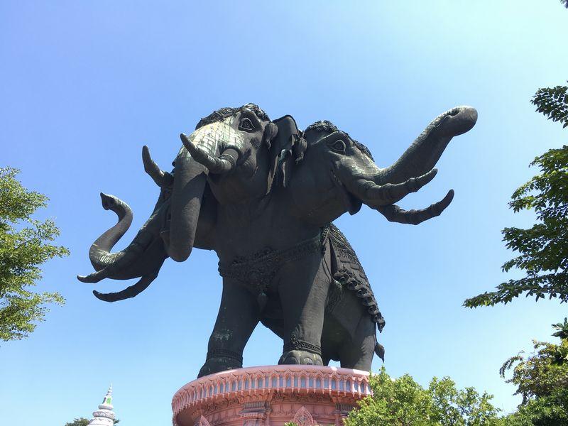 タイ エラワンミュージアム 象
