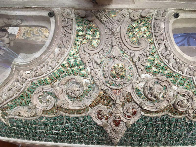タイ エラワンミュージアム 装飾