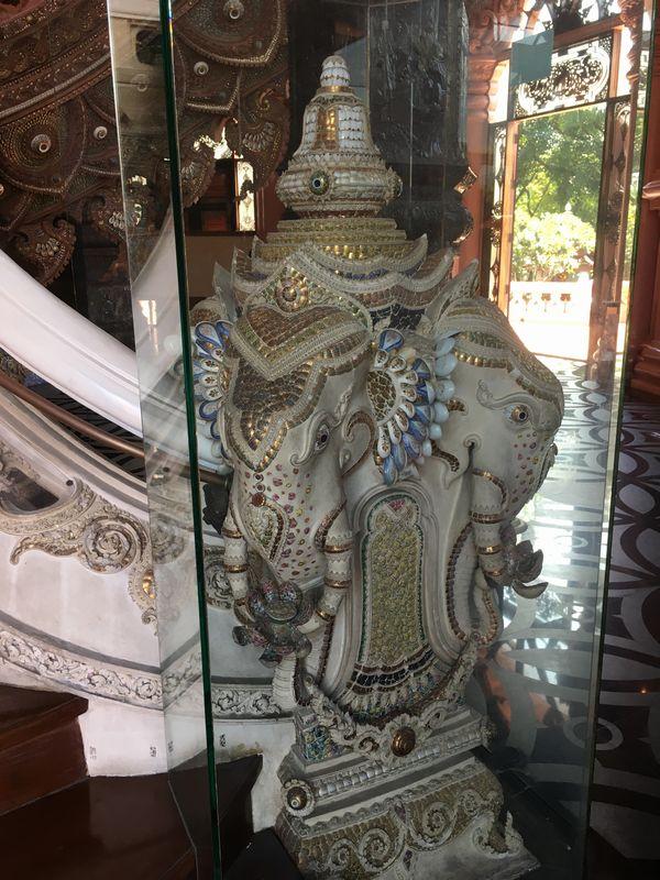 タイ エラワンミュージアム 彫刻 装飾 象
