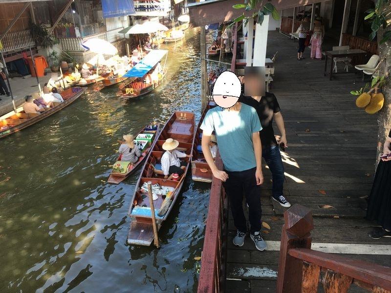タイ ダムヌン・サドゥアック水上マーケット 川 運河 水路