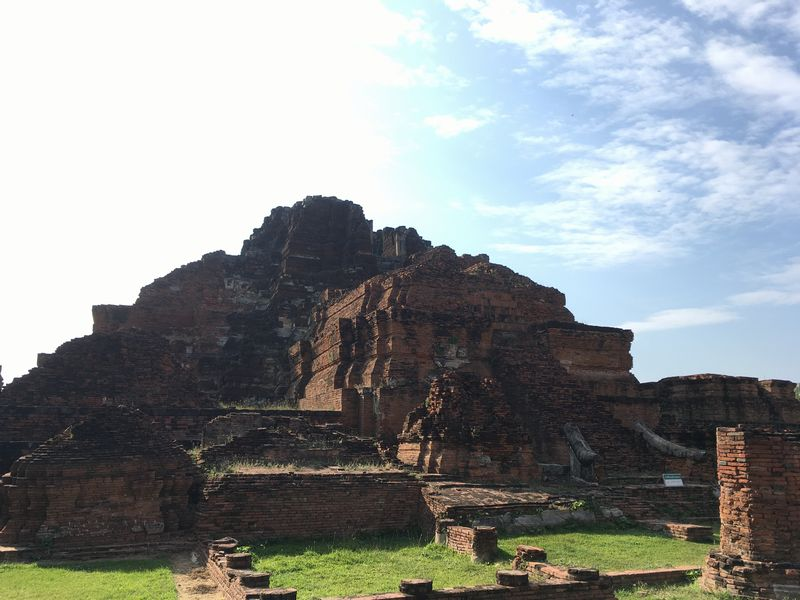タイ アユタヤ遺跡 ワット・マハタート 大仏塔