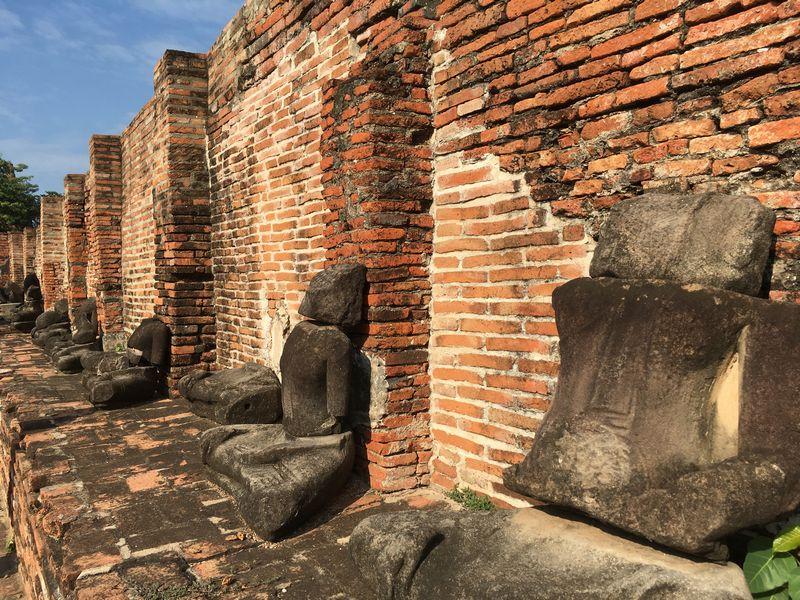 タイ アユタヤ遺跡 ワット・マハタート 仏像