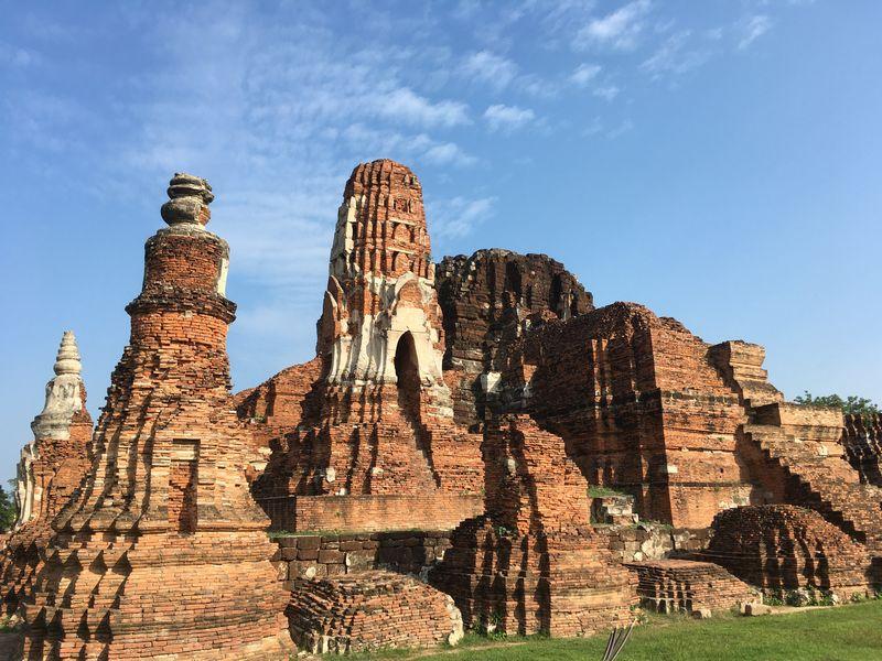 タイ アユタヤ遺跡 ワット・マハタート クメール様式 仏塔 大仏塔