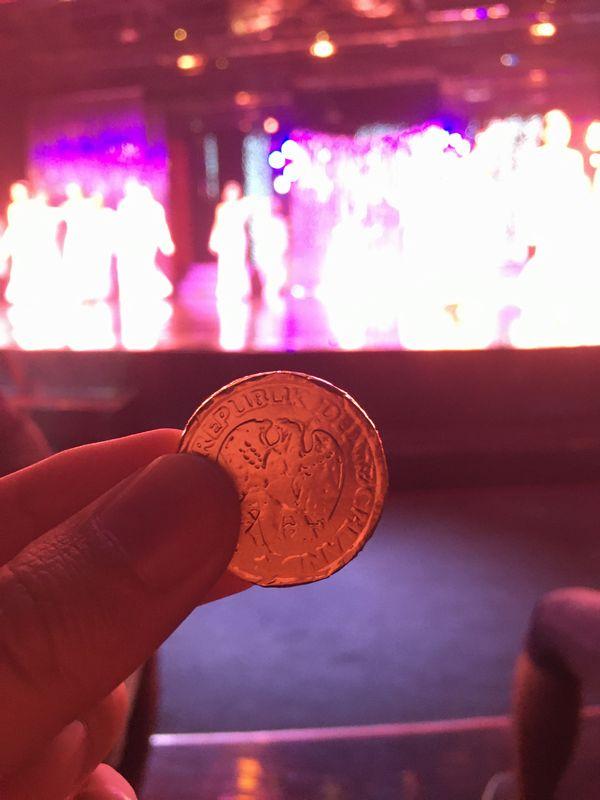 タイ バンコク アジアティーク・ザ・リバーフロント カリプソキャバレー ニューハーフショー コイン チョコ
