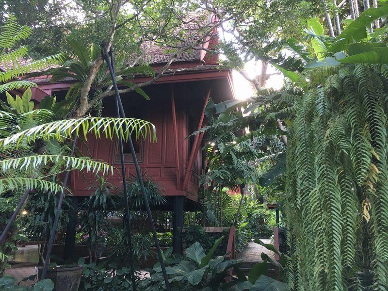 タイ バンコク ジム・トンプソンの家 庭園 植物