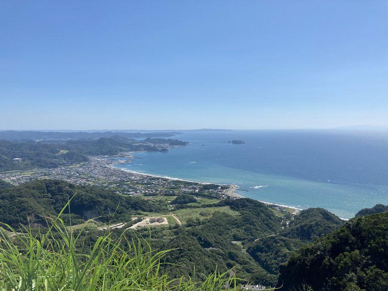 鋸山 東京湾を望む展望台(地球が丸く見える展望台) 保田・元名海岸方面